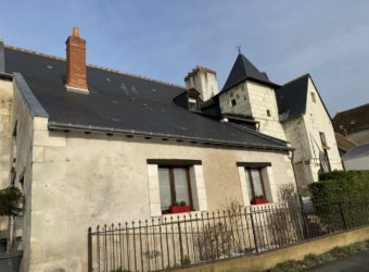 SAINT CYR SUR LOIRE CHARMING HOUSE 350m² approx   CELLARS TERRACES PARKING