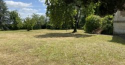 NORD DE TOURS PROPERTY REMAINS XIXth CENTURY 300m ² Habt env PARK 1 hectare VERGER GARAGE